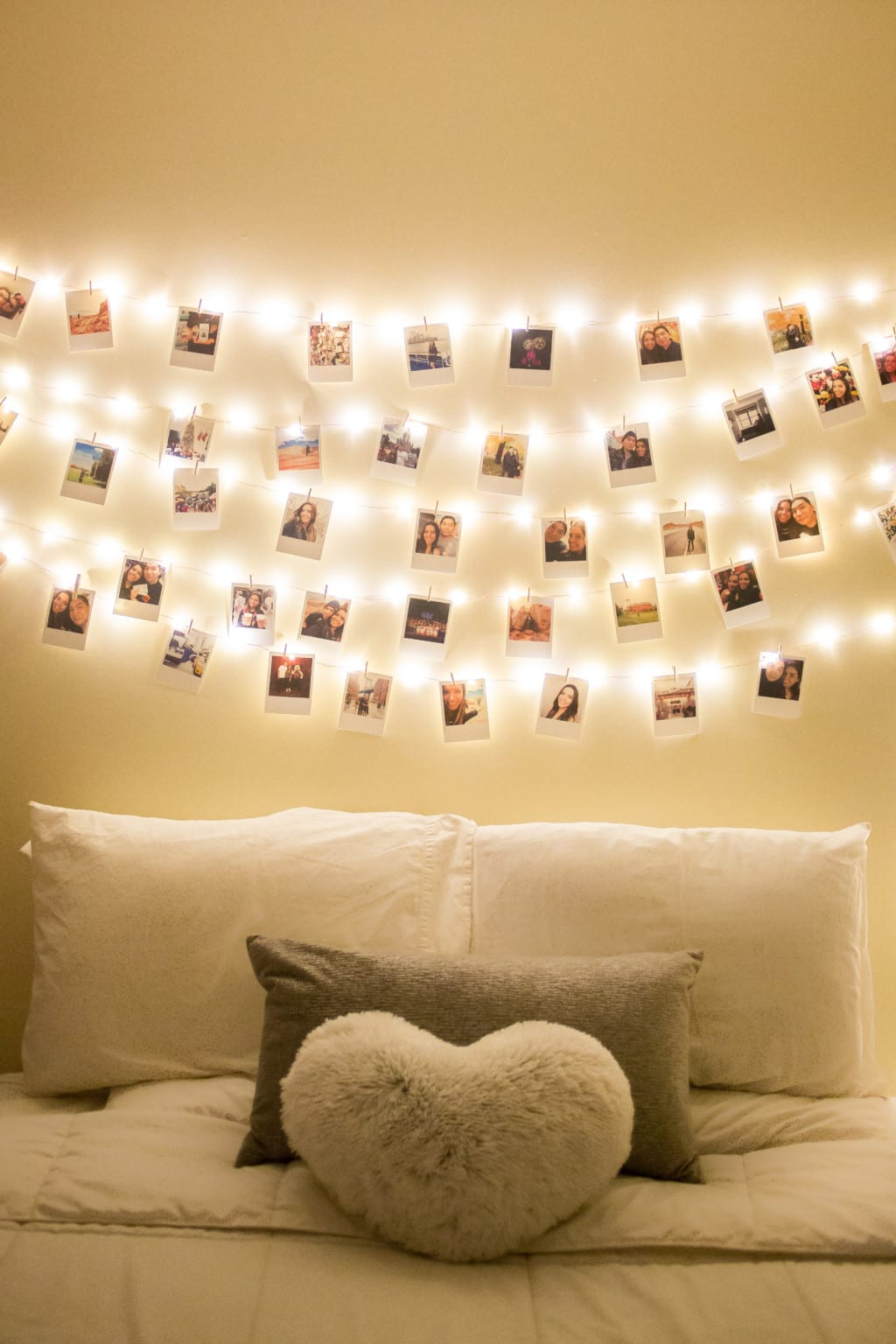 DIY: How to decorate your room with polaroids! | Ny & About