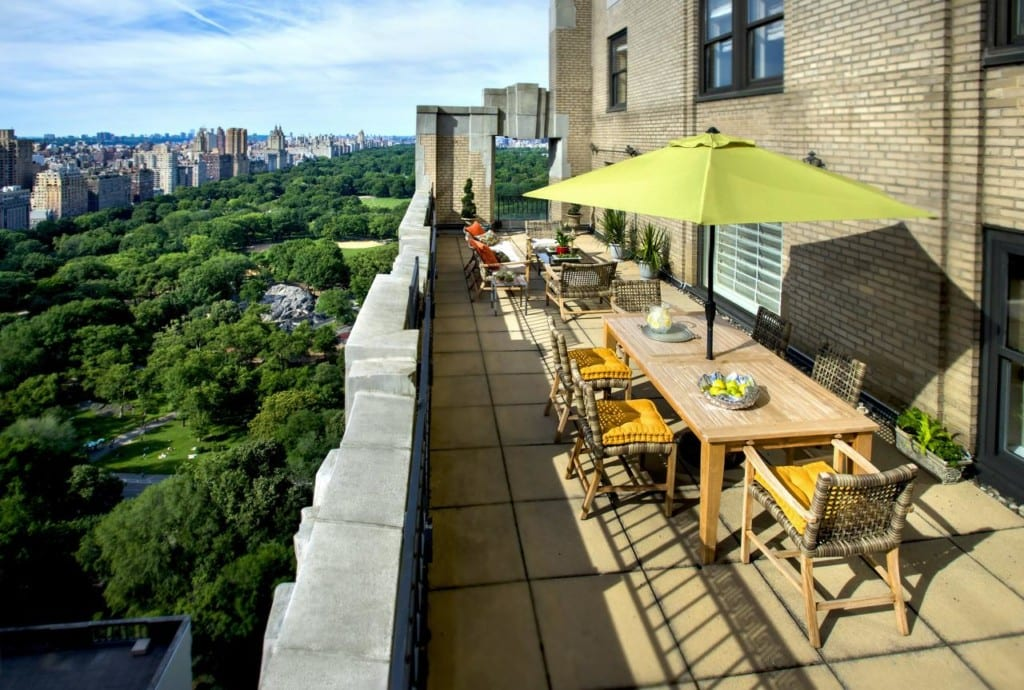 Área externa do JW Marriott Essex House New York com vista para o Central Park