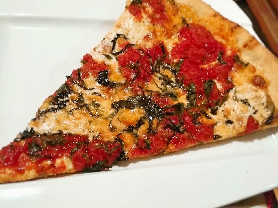 Pizza da Bleecker Street Pizza.