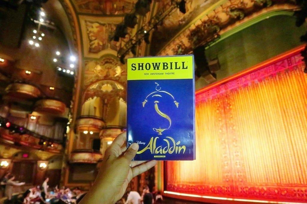 Aladdin, um dos espetáculos mais incríveis e populares da Broadway