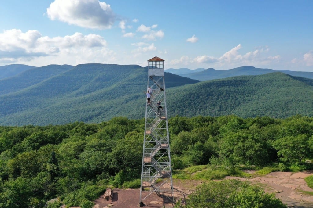 Fire Tower no topo da Overlook Mountain