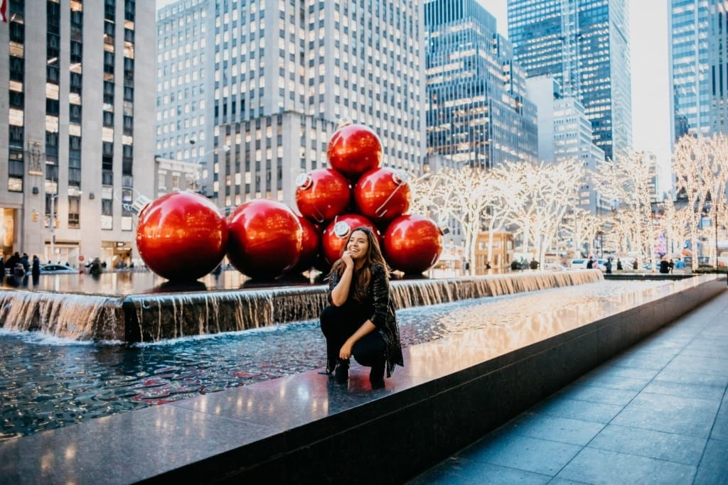 WHAT TO DO IN NYC ON CHRISTMAS DAY – 8 IDEAS WITH ATTRACTIONS